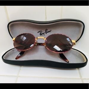 Vintage 90's Ray Ban Small Oval Crosswalk Sunnies